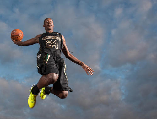 Marquel Willis of Oak Ridge High School's boys basketball team at Lake Highland Preparatory School in Orlando, Fla.