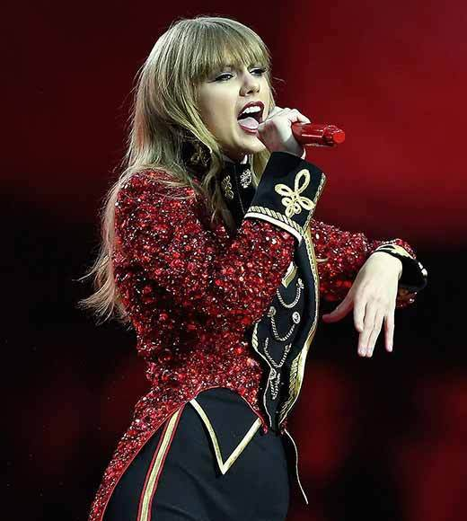 Adele <br>     Carrie Underwood <br>     Katy Perry<br>     P!nk<br>     Taylor Swift (pictured)