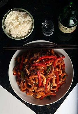 Spicy stir-fried squid (<i>Ohjing-uh bokkeum</i>)