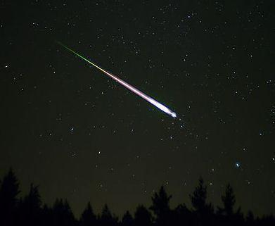 Meteor from 2009 Leonid shower, Wikimedia Commons