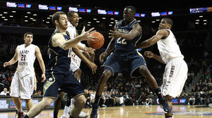 No. 20 Notre Dame loses in OT to St. Joseph's