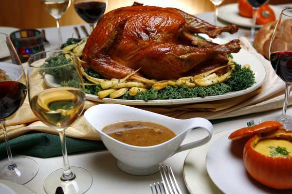 Before you sit down for your holiday meal, troll the Web for survival advice. Some of it is actually useful.