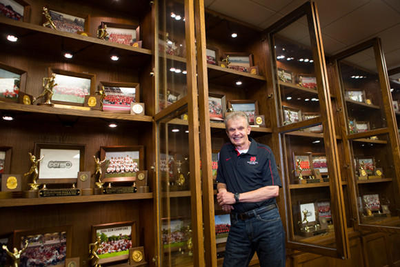Al Carius' runners have added another trophy to this collection. (Alex Garcia / Chicago Tribune)