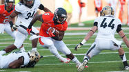 CHAMPAIGN — Illinois coach Tim Beckman mentioned 2007 frequently this week. It was the last season the football team left Memorial Stadium with a final home victory.