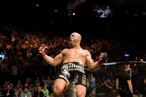 "Wanderlei Silva celebrates after beating Keith Jardine by knockout at <a class=""taxInlineTagLink"" id=""EVSPR000005"" title=""Ultimate Fighting Championship"" href=""/topic/sports/mixed-martial-arts/ultimate-fighting-championship-EVSPR000005.topic"">UFC</a> 84. He will fight Quinton Jackson at UFC 92 in a light heavyweight bout."