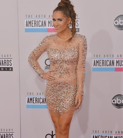American Music Awards 2012 Red Carpet Arrival Pics: Kimberly Cole