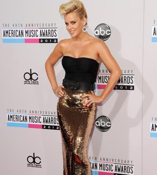 American Music Awards 2012 Red Carpet Arrival Pics: Jenny McCarthy