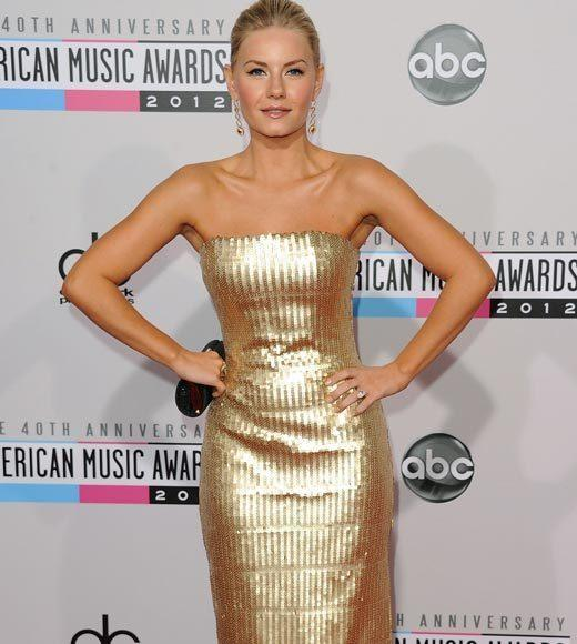 American Music Awards 2012 Red Carpet Arrival Pics: Elisha Cuthbert
