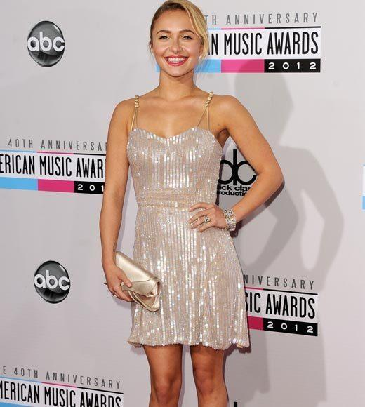 American Music Awards 2012 Red Carpet Arrival Pics: Hayden Panettiere