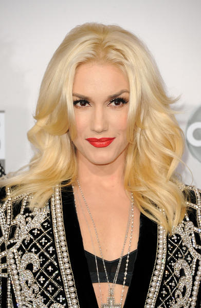 Singer Gwen Stefani of No Doubt at the 40th American Music Awards.