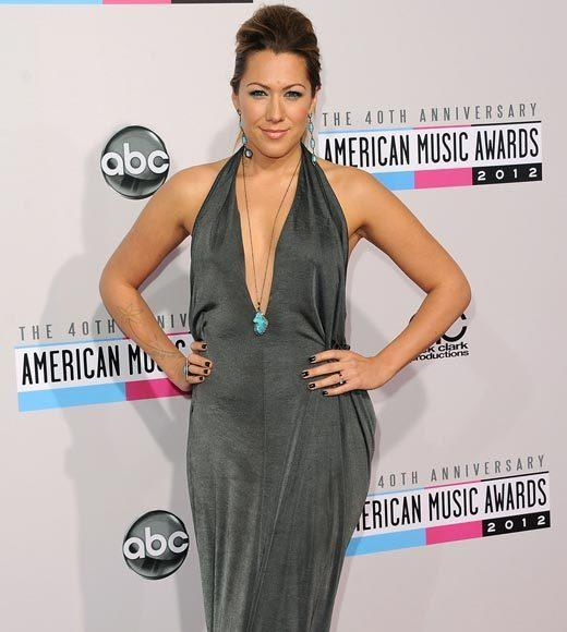 American Music Awards 2012 Red Carpet Arrival Pics: Colbie Caillat