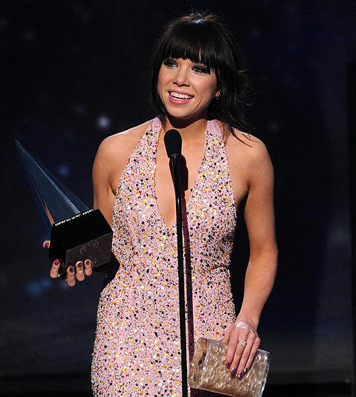 American Music Awards 2012: Best and worst moments: Carly Rae Jepsen just had one thing to say when she won her Best New Artist award: Wow. Well, she had a couple more thank yous to make beyond that, but the bottom line is that the Call Me Maybe singer was honored by the win. Oh my goodness, thank you so much. To the fans, I am floored. Wow, she told the crowd. This is amazing. Thank you so so so so much. Wow.   -- Terri Schwartz, Zap2it