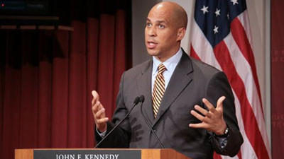 Newark Mayor Corey Booker is Going to Live Off Food Stamps