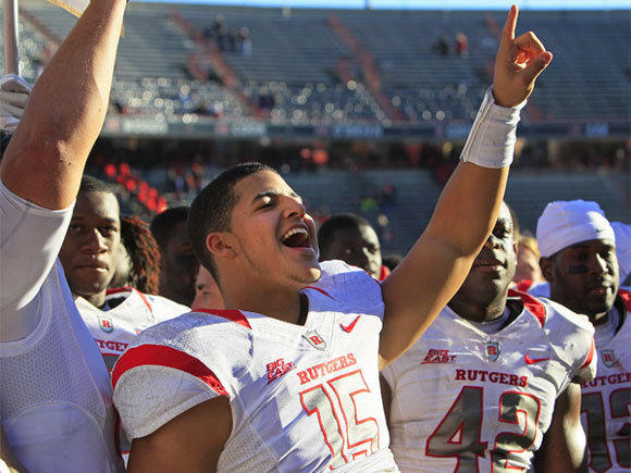 Rutgers quarterback Gary Nova acknowledges the fans after a 10-3 victory over Cincinnati.