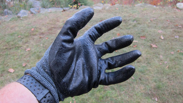 This comfortable work glove has a very flexible and thin waterproof coating on the underside of the glove.