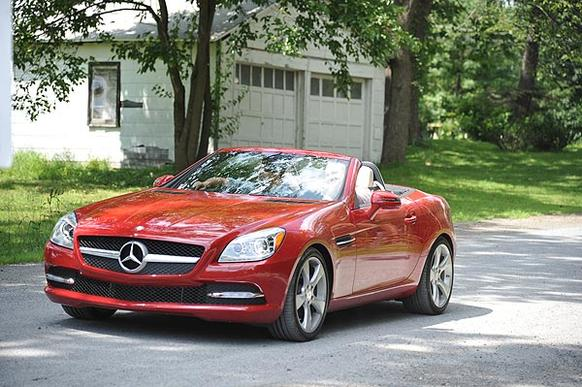 The Mercedes Benz SLK is and always has been the <i>pied-a-terre</i> of the company's lineup. For 2012, Mercedes remodeled its bantam roadster to such a degree that Ty Pennington would be proud. The resulting SLK 350 is an impeccably well-rounded package that asserts its sportiness rather than merely hinting at it.
