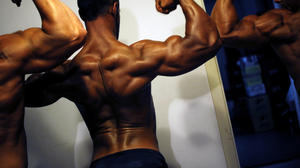 One in 20 youth has used steroids to bulk up: study