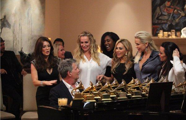 The Real Housewives of Beverly Hills sing along with Grammy award winner David Foster.