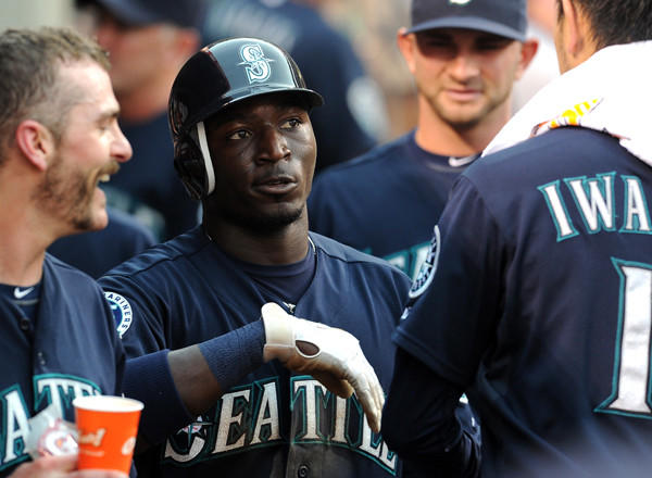 The Orioles have acquired outfielder Trayvon Robinson from the Seattle Mariners for infielder Robert Andino.