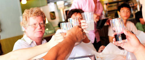 "For the adventurous foodie, Six Taste food tours offer tasting tours of Thai Town, Chinatown, Noho, Santa Monica, Little Tokyo, downtown Los Angeles and more. <br/> Price: $55 to $65 <br/> Where to find: <a href=""http://www.sixtaste.com/tours.php"">Sixtaste.com</a> <br/> --JH"