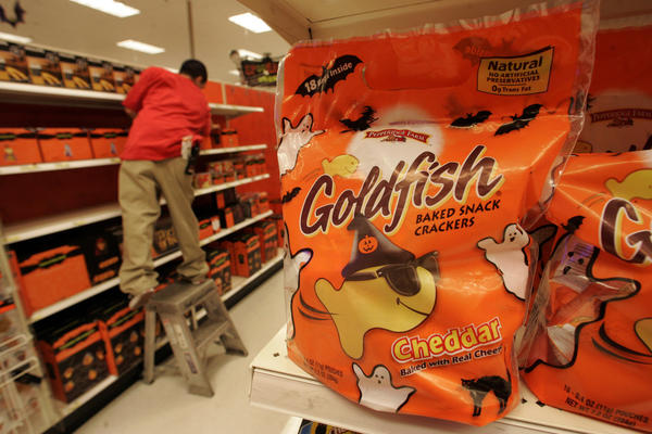 "A Colorado lawsuit claims Goldfish crackers shouldn't be labeled as ""natural"" because they contain genetically engineered soybean oil."