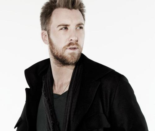 Charles Kelley reveals thanksgiving traditions