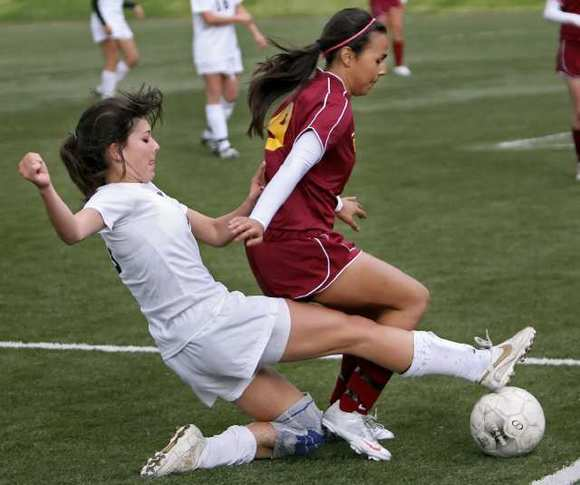 ARCHIVE PHOTO: Former Flintridge Prep star midfielder Brooke Elby has appeared in 19 games for the North Carolina Tarheels, starting five.