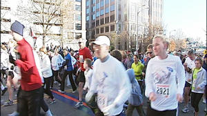 Thousands turn out for Drumstick Dash in Roanoke