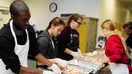 Community Thanksgiving dinners serve up food, friendship