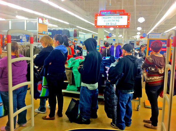 Shoppers lined up at the Old Navy store at Valley Mall early Friday.
