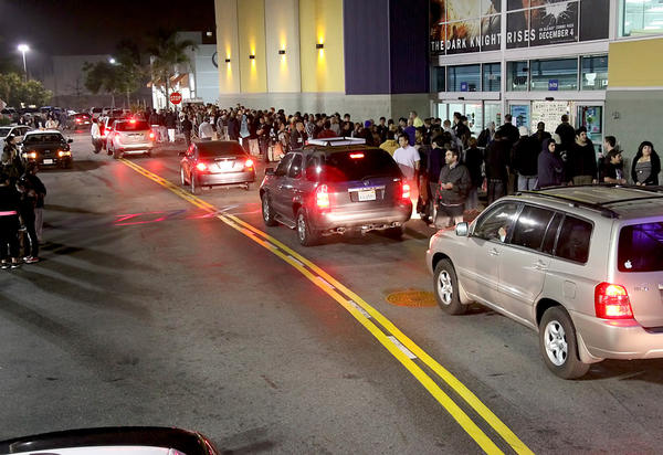 Burbank Police sent several units to the Empire Center on Thanksgiving nite when The Target Store opened for Black Friday deals, those same officers then stood by the entrance to Best Buy as hundreds waited to get in. The first hundred were issued wristband, and were given access at midnight. Possibly a thousand more customers stretched all around the store to the back parking lots, some waiting days for the special holiday Black Friday deals.
