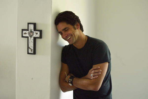 "<a href=""http://twitter.com/JohnStamos/status/272392165727014912"">@JohnStamos</a> — ""sat next to larry hagman on a plane- if some1 asked for autograph he'd ask for a joke as payment. was really cute (up until 24th one) RIP"""