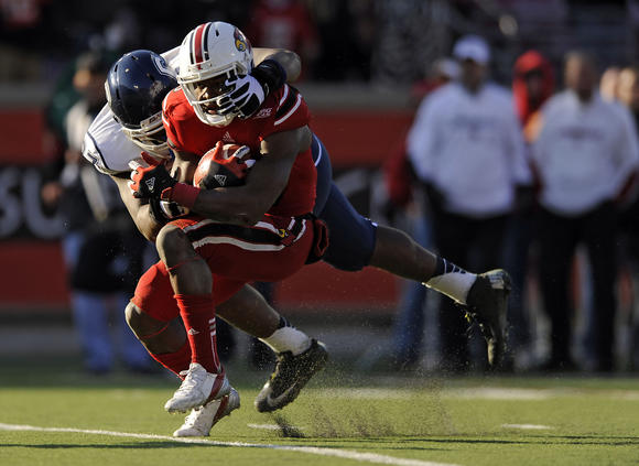 UConn Vs. Louisville Football