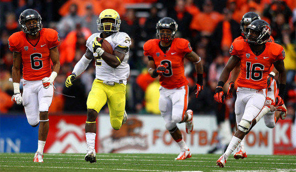 Oregon running back Kenjon Barner ran for 198 yards and two touchdowns during the Ducks' 48-24 victory over Oregon State on Saturday.