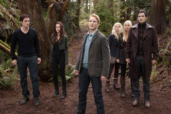 """The last chapter of """"Twilight"""" was first at the box office."""