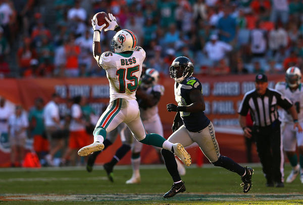 Davone Bess #15 of the Miami Dolphins makes a catch during a game against the Seattle Seahawks at Sun Life Stadium on November 25, 2012 in Miami Gardens, Florida. Miami won 24–21.