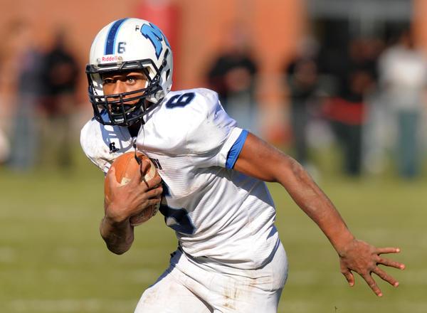 Dario Highsmith Jr. leads Milddetown into the high school football quarterfinals.