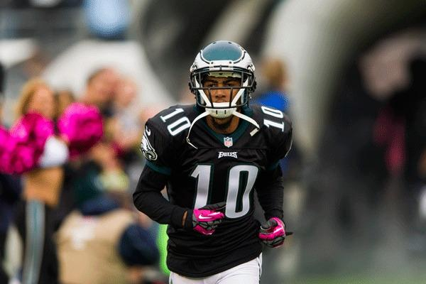 Philadelphia Eagles wide receiver DeSean Jackson (10) is introduced prior to playing the Atlanta Falcons at Lincoln Financial Field. The Falcons defeated the Eagles 30-17.