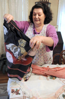 Tami (Darlene) Ochs, of South Whitehall, shares the story about her Mammy's aprons on Tuesday.  Her Mammy (grandmother) would put her apron on first thing in the morning and wouldn't take it off until all the dinner plates were put away.  Her grandmother passed them on to her.