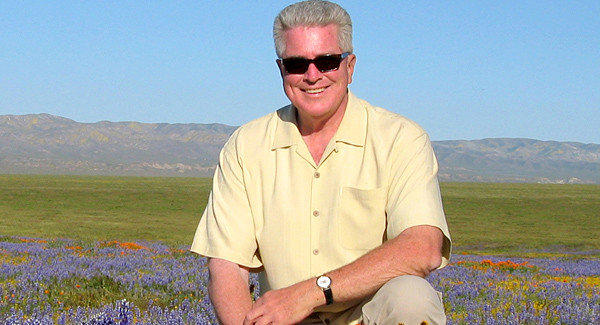 "Roving reporter Huell Howser  the host of public-television series like ""California's Gold"" -- is retiring."