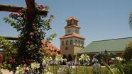 California: Temecula vineyard villa and wine tour for $369