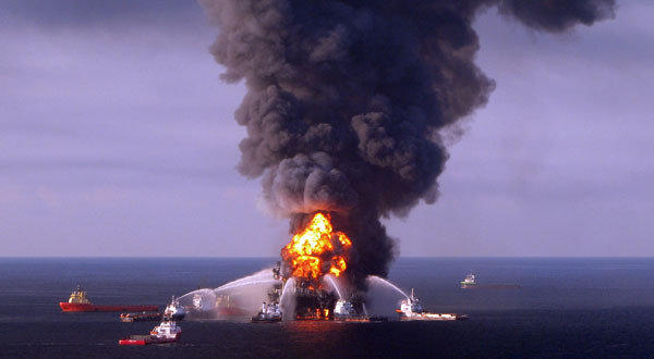 The burning drilling rig Deepwater Horizon in the Gulf of Mexico. As a result of the disaster, British oil giant BP was temporarily banned by the U.S. Environmental Protection Agency from U.S. government contracts.
