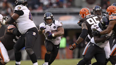 Ravens offensive line working to improve as a unit