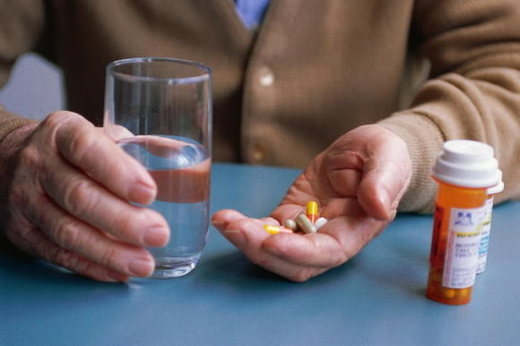 A reminder telephone call can get people to take their medications, a Kaiser Permanente study has found
