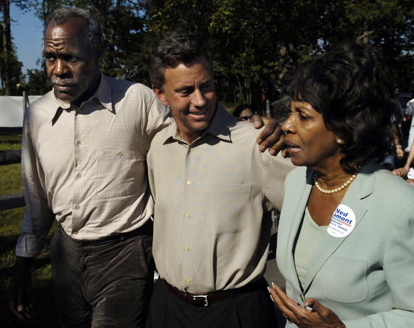GOSHEN  CT 8/5/06- Ned Lamont, who was challenging Sen. Joe Lieberman in a Democratic primary was joined on the campaign trail by actor Danny Glover, left, and U.S. Rep. Maxine Waters of California, right, at the Litchfield Jazz Festival.
