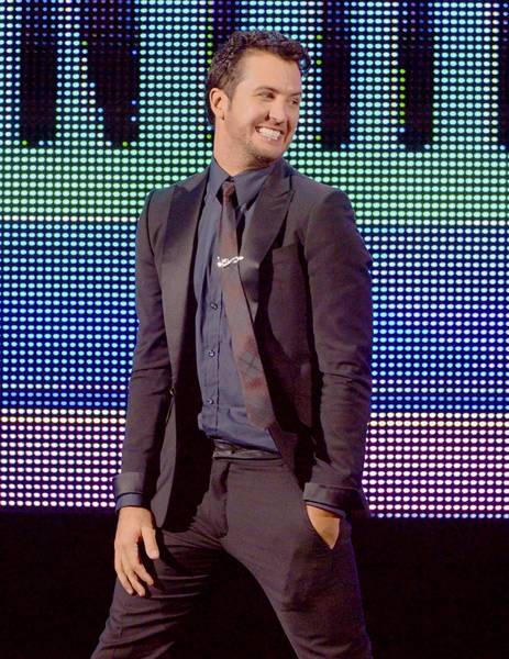 "Luke Bryan brings his ""Dirt Road Diaries"" tour to Orlando's Amway Center on Jan. 26."