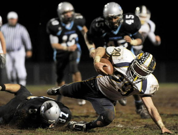 River Hill vs. Huntingtown football
