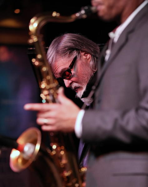 Tenor saxophonist Wayne Escoffery, right, performs with Tom Harrell, center, and the Tom Harrell Quintet at the Jazz Showcase Thursday.
