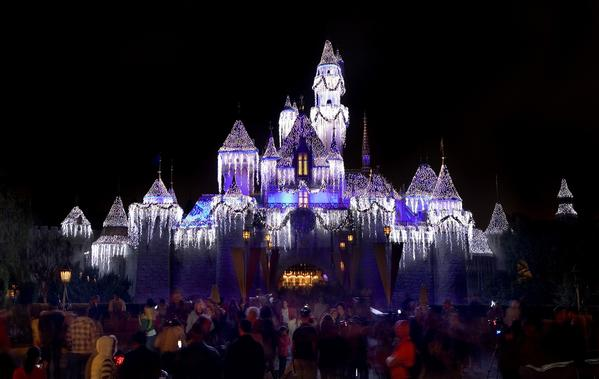A holiday visit to Disneyland isn't a trip for the faint of heart or for those short of funds.