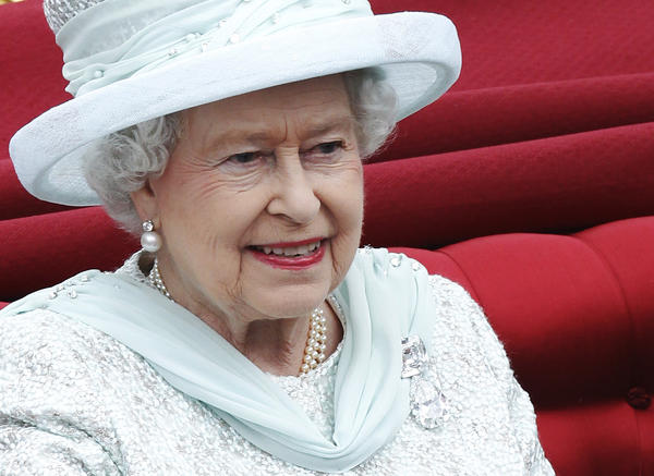 Year in Review: Entertainment news of 2012: 2012 marked the 60th year that Elizabeth II has been Queen of England.